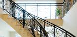 Y邸階段ホール